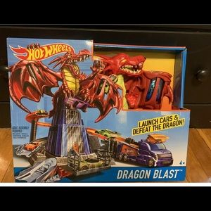 Hot Wheels Dragon Blast
